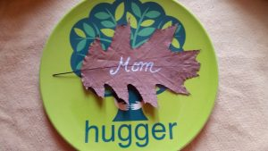 Name tag made from leaves